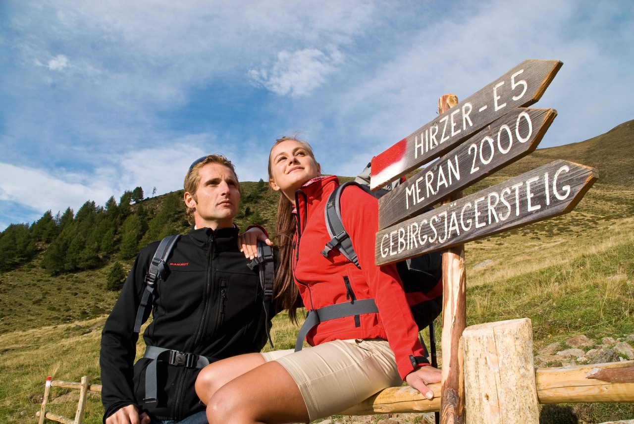 Wandern in Schenna: Seilbahnkarte Meraner Land